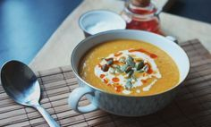 Happy Foods, Cheeseburger Chowder, Thai Red Curry, Spicy, Soup, Tasty, Ethnic Recipes, Soups