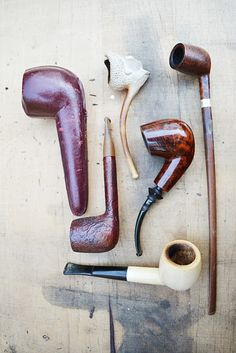 That churchwarden looks simple and manly!