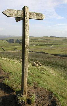Directions... | Fingerpost directions to Mam Tor and Windy K… | Julia Marsh | Flickr