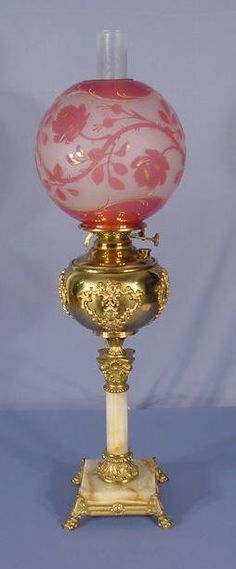 1092: Banquet Lamp With Cut Back Ball Shade : Lot 1092