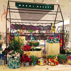 Meanwhile on humpday fashion.. The Marni Market! @marni.official  Proceedings of certain products will be donated to the Tibetan children living in India who are severely disabled, undergoing medical treatments, physiotherapy, and the restoration and maintenance of their home-school.
