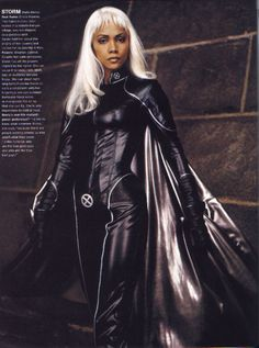 Halle Berry as Ororo Munroe / Storm in X-Men Halle Berry X Men, Halle Berry Storm, Storm Halloween Costume, Storm Costume, Storm Marvel, Marvel X, Jessica Jones, Smallville, Power Girl
