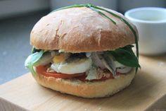 Specialite Nicoise, Hamburger, Pain Burger, Snacking, Sandwiches, Facon, Salmon Burgers, Street Food, Tasty