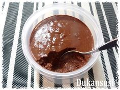 Hot chocolate with banana - Clean Eating Snacks Cocina Natural, Mousse, Light Recipes, No Bake Desserts, Clean Eating Snacks, Hot Chocolate, Ricotta, Sweet Tooth, Food And Drink