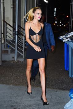 Cara Delevingne Steps Out In Black Mini Dress With Sheer Cutout Revealing Her Toned Abs - Dolcify Celeb Highlights Divas, Best Street Style, Mannequin, Couture, Belle Photo, Sheer Dress, Beautiful People, Celebs, Actresses