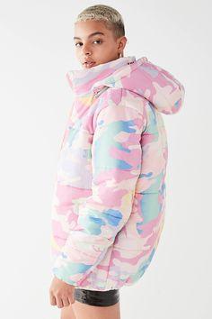 NICOPANDA Urban Outfitters Uptown Camo Puffer Jacket