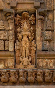 Durgai @ Thanjavur Brihadeswarar Temple ~ துர்க்கை-தஞ்சை பெரியகோவில் !!