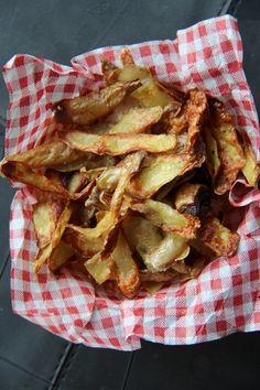 chips d'épluchures de pommes de terre au four