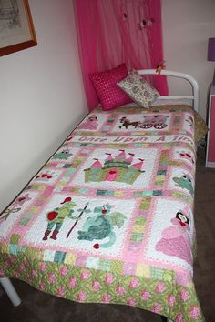 This quilt for a girl's room is too cute! The pink castles and knights are a perfect fantasy decoration for your little princess.