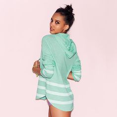 Love this look from @VSPINK! #LooksWeLove #Summer #MustHave