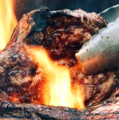 Springbokbraaiboud (oor die kole) South African Dishes, South African Recipes, Ethnic Recipes, Marmite, Pot Roast, Pork, Carne Asada, Kale Stir Fry, Roast Beef