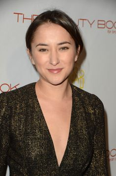 zelda-williams-at-the-beauty-book-for-brain-cancer-edition2-launch-party-in-los-angeles-12-03-2015_9.jpg (1200×1812)
