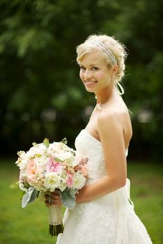 Good style and size of bouquet for bride, colours are pretty too. Might need to simplify for dress.