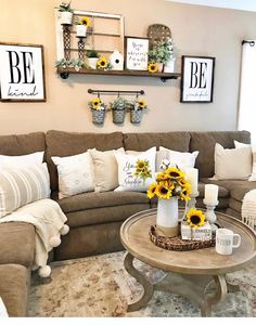 I can't thank y'all enough for all the love & support you've been blessing my family with! 💛 The sale on… Living Room Themes, New Living Room, Living Room Designs, Sunflower Home Decor, Sunflower Room, Sunflower Themed Kitchen, Cheap Home Decor, Diy Home Decor, Mellow Yellow