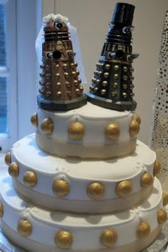 Dalek cake (but imagine the whole cake in gold)