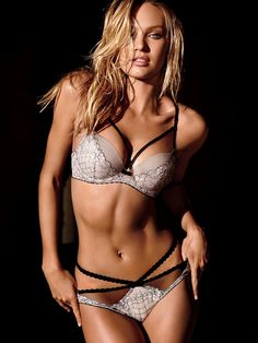 Candice's Body Party–Angel Candice Swanepoel is back for a June lingerie shoot from Victoria's Secret. The South African model who was recently named the… Belle Lingerie, Hot Lingerie, Lingerie Shoot, Lingerie Models, Lingerie Victoria Secret, Victoria Secret Dessous, Candice Swanepoel, Bh Set, Victoria's Secret
