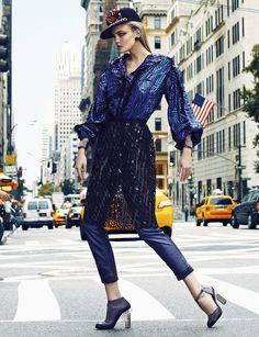 Conexão Fashion | Caroline Trentini | Fabio Bartelt #photography | Vogue Brazil September 2012