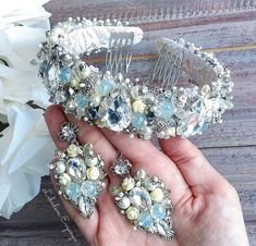 No automatic alt text available. Hair Jewelry, Bridal Jewelry, Beaded Jewelry, Handmade Jewelry, Beaded Necklace, Beaded Bracelets, Jeweled Headband, Pearl Headband, Wedding Hair Accessories