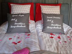 Sfeer Bed & Breakfast, Bed Pillows, Pillow Cases, Home, Decor, Pillows, Dekoration, Decoration, House