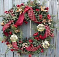Hey, I found this really awesome Etsy listing at http://www.etsy.com/listing/117568988/natual-winter-wreath-with-bird-ornaments