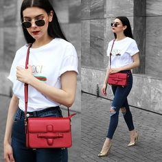 Holynights Claudia - Ray Ban Hexagonal Sunglasses, Vipme Red Bag, In The Style Jeans, Public Desire Pumps - The red bag