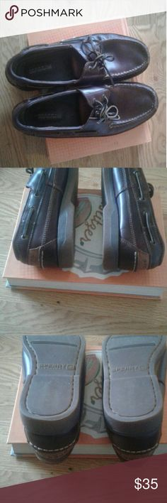 Sperry top sider loafers, Mako collection. The shoe has been worn couple of times but is in great condition as you can see in the picture. Sperry Top-Sider Shoes Loafers & Slip-Ons