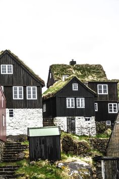 11 Dramatic Sights You Have To Explore In The Faroe Islands Cabana, Small Buildings, Cute House, Best Cities, Travel Pictures, Travel Inspiration, Beautiful Places, Food Photography, Iphone Photography