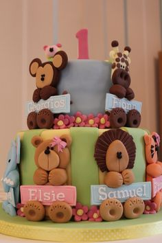 Joint 1st Birthday cake for 6 babies