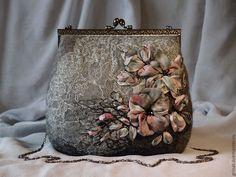 """Купить По мотивам """"Монохромные розы"""" - серый, цветочный, Вышивка лентами, вышивка ручная, grinat"""