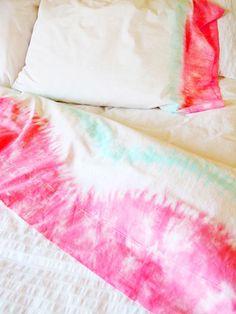 DIY Tie Dye Sheets