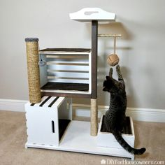 undefined Homemade Cat Tower, Diy Cat Tower, Diy Jouet Pour Chat, Cool Cat Toys, Cat House Diy, Diy Cat Bed, Diy Toy Storage, Crate Storage, Storage Ideas