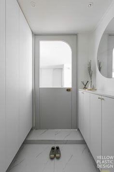 Mini Apartments, Closet Design, Decor Design, Kitchen Doors, Interior, Bedroom Closet Design, Door Design, Office Design, Interior Architecture