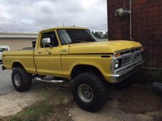 I totally prefer this colour for this 1982 Jacked Up Trucks, Cool Trucks, Fords 150, F150 Truck, Car Insurance Rates, Ford 4x4, Vintage Trucks, Hot Rods, Monster Trucks