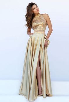 Shop long prom dresses and formal gowns for prom 2020 at PromGirl. Prom ball gowns, long evening dresses, mermaid prom dresses, long dresses for prom, and 2020 prom dresses. Split Prom Dresses, Gold Prom Dresses, Sherri Hill Prom Dresses, Grad Dresses, Homecoming Dresses, Sweet 16 Dresses Gold, Bridesmaid Gowns, Gold Two Piece Prom Dress, Long Gold Dress