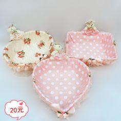 Desktop bear fabric lace rattan storage basket jewelry cosmetics storage basket candy basket sundries storage basket