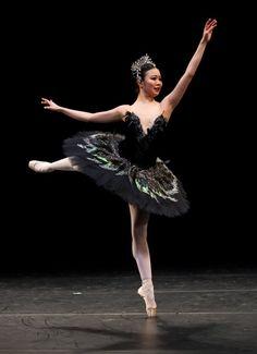 """Shiori Kase, """"Odile variation, """"Swan Lake"""", English National Ballet"""