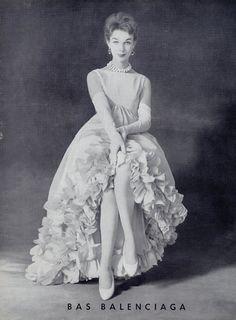 Balenciaga (Lingerie) 1959 Stockings (Version Black Text)