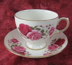 Red And Pink Roses Cup And Saucer Queen Anne English Bone China