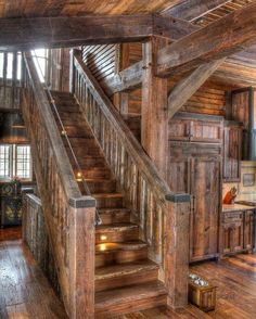 Hardwood stairs ideas stairways home 29 ideas for 2019 Best Modern House Design, Rustic Home Design, Rustic Staircase, Timber Staircase, Log Home Decorating, Cabin Interiors, Log Cabin Homes, Log Cabins, Timber House