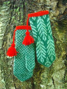 """rönn mittens:  Love the motifs!  Time to pull out the notes from the """"How to Design and Knit Norwegian Mittens"""" class with Beth Brown-Reisel!!"""