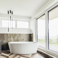 Bathtub, Pure Products, Bathroom, Home, Windows And Doors, Contemporary Design, Architecture, Homes, Standing Bath
