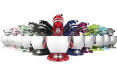 The KitchenAid Mixer is the top choice for kitchens around the world – it's versatile and power packed! KitchenAid Artisan Mixer is The Master of Mixers. Kitchen Aid Appliances, Kitchen Aid Mixer, Kitchen Tools, Kitchen Gadgets, House Appliances, Kitchen Things, Small Appliances, Kitchen Stuff, Mélangeur Kitchenaid