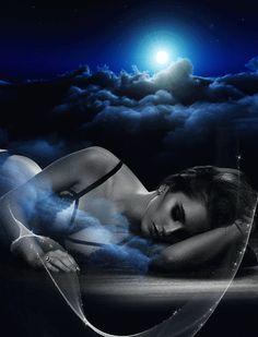 """Ti sento sempre..soprattutto nell'Anima..È quello il posto più bello che ho scelto per te...""""L.Del Grande""""Dolce notte..."""