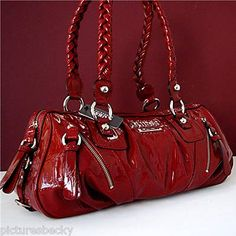 OMG  I NEED THIS! #guess #purse