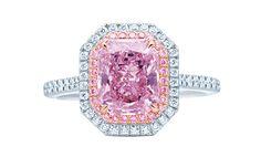 Tiffany & Co. diamant rose pourpre http://www.vogue.fr/diaporama/diamants-de-couleurs-bleu-jaune-rose-vert/21305#!tiffany-amp-co-diamant-rose-pourpre