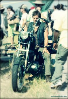 Norman Reedus on his motercycle ! so hot=-)