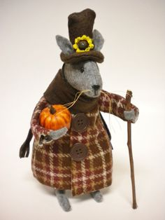 Thanksgiving Mouse Primitive Holiday Decor by Pearce's Craft Shop $22.95 plus shipping