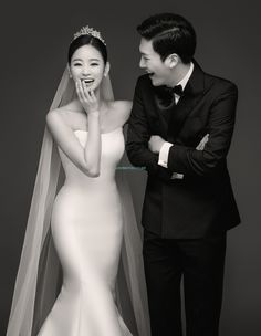 The Ultimate Wedding Beauty Checklist Pre Wedding Poses, Pre Wedding Photoshoot, Wedding Shoot, Wedding Dresses, Wedding Ceremony, Korean Wedding Photography, Wedding Prep, 2017 Wedding, Wedding Photo Inspiration