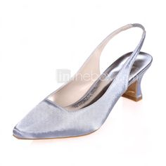Jeg liker denne. Synes du jeg bør kjøpe den? Buying Wholesale, Pumps, Stuff To Buy, Shoes, Fashion, Moda, Zapatos, Shoes Outlet, Fashion Styles