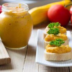 Rillettes de carottes, poivron et cumin sur toast Veggie Recipes, Cooking Recipes, Healthy Recipes, Vegetarian Cooking, Chutney, Love Food, Dairy Free, Veggies, Appetizers